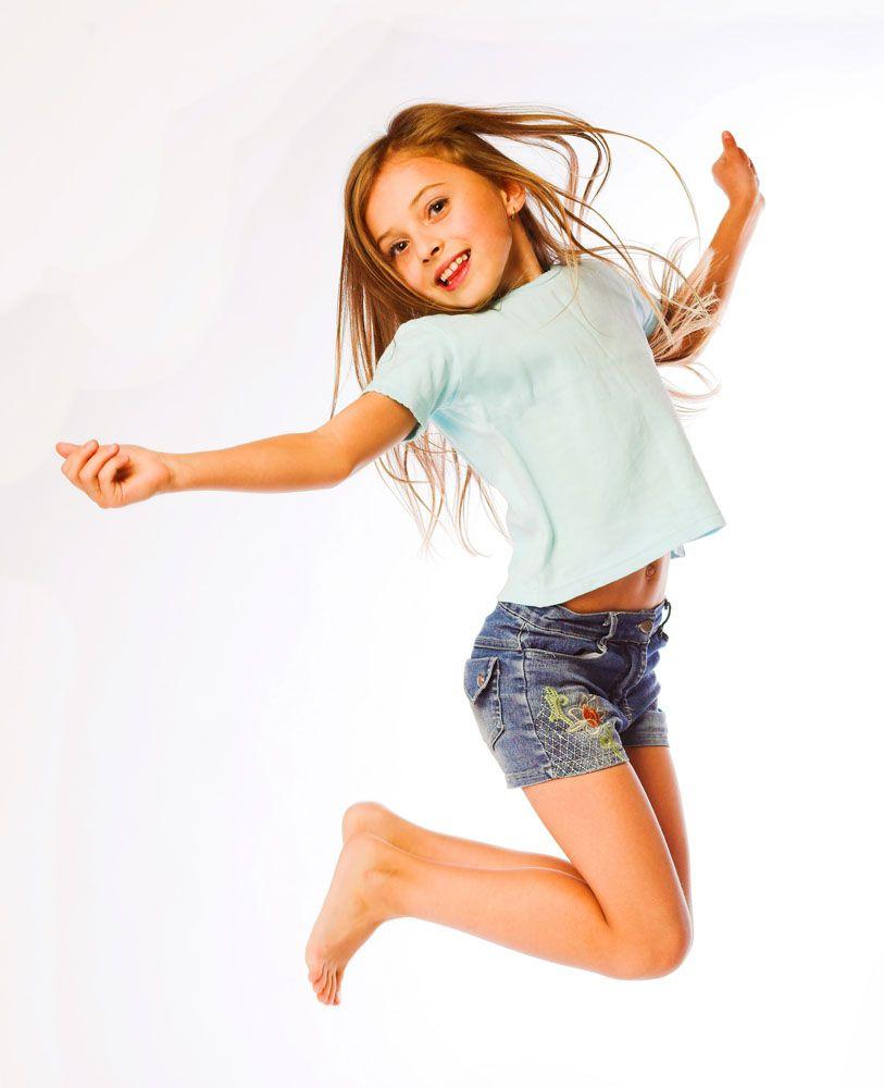 3到6岁幼儿体适能:立定跳高游戏